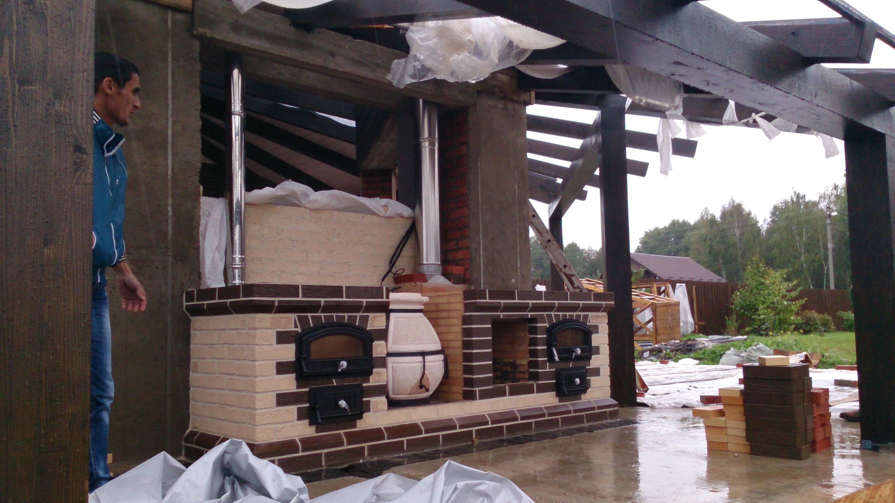 Мангалы с крышей для дачи: примеры и конструирование