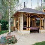 Садовая печь в закрытой беседке у бани
