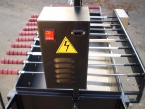 Автоматический электрический привод вращения шампуров