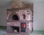 печь русская кирпичная в доме из дерева