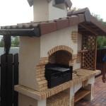 барбекю домик с крышей и мангалом