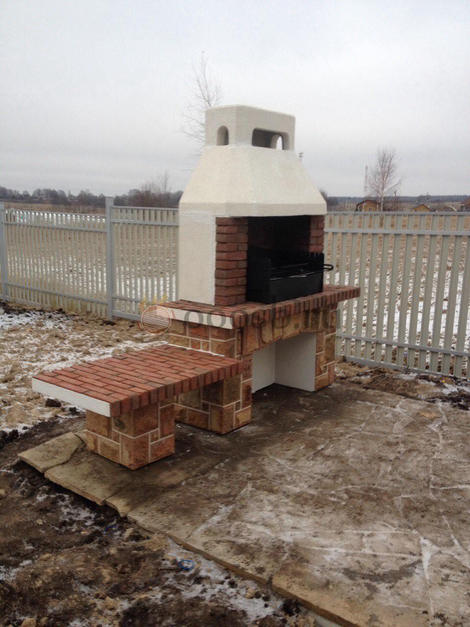 Стационарный мангал на даче – печь и украшение в придачу!