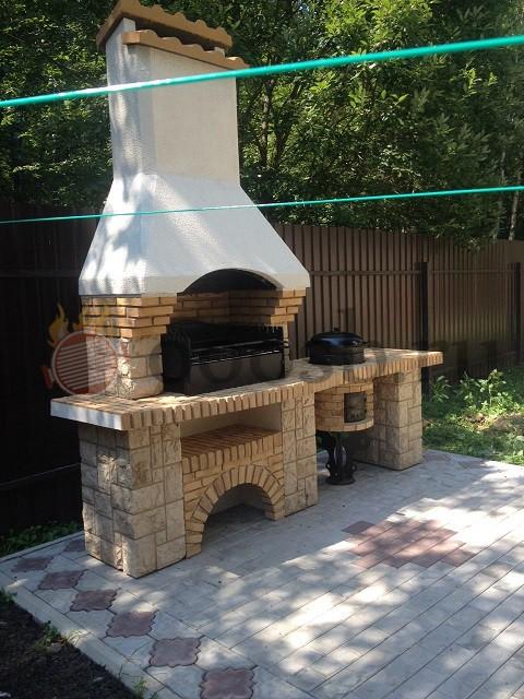 Барбекю из бетона казань врианты летней кухни сбарбекю