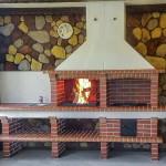 дровяная барбекю печь для дачи с дымоходом, казаном и мойкой