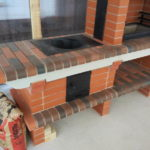 стационарные мангалы из кирпича для дачи