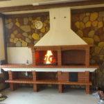 красивое пламя в топке мангала