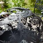 металлический очаг для костра с узором жар птицы
