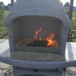 Барбекю печь на дровах из бетона