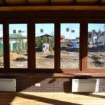 Вид из окна беседки с барбекю